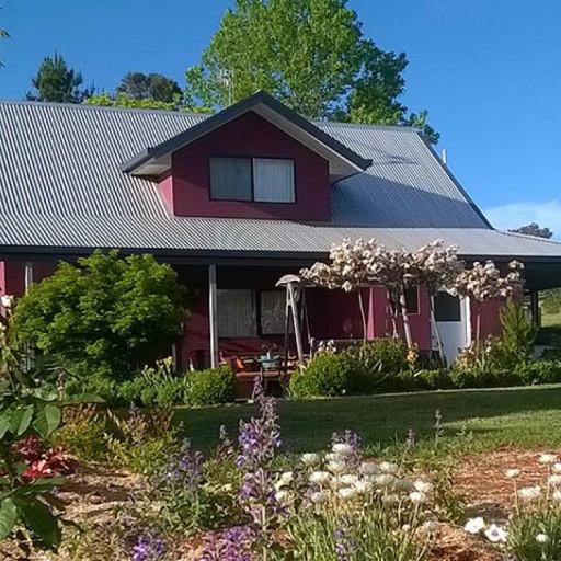 Magenta Cottage side view